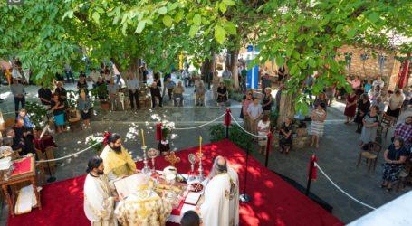 Μαγνησία: Καρέ – καρέ ο εορτασμός του Δεκαπενταύγουστου στην Παναγιά Ξενιά [εικόνες]