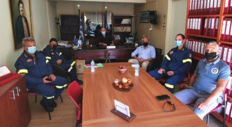 Με τον Περιφερειακό Διοικητή Πυροσβεστικών Υπηρεσιών συναντήθηκε ο Δ. Νασίκας