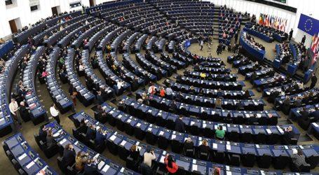 Δικαίωμα της Ελλάδος η τοποθέτηση πλωτού φράγματος στα θαλάσσια σύνορα της