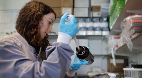 Εκατοντάδες χιλιάδες δόσεις εμβολίου κατά του κορωνοϊού υπόσχεται η Ρωσία από το 2020