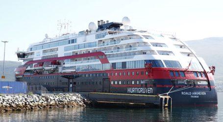 Απαγόρευση ελλιμενισμού σε κρουαζιερόπλοια που μεταφέρουν πάνω από 100 ανθρώπους