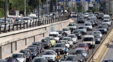 Μεγάλο μποτιλιάρισμα στον Κηφισό: Γέμισε ασβέστη το οδόστρωμα