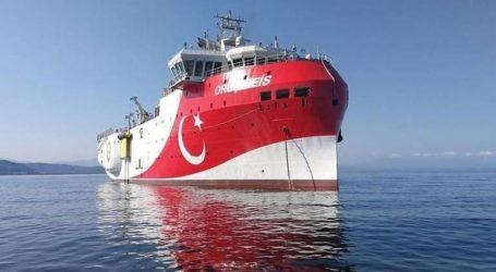 Σε «διάταξη πλεύσης» το Oruc Reis – Κινητικότητα του τουρκικού στόλου