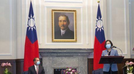 Η πρόεδρος υποδέχθηκε τον υπουργό Υγείας των ΗΠΑ