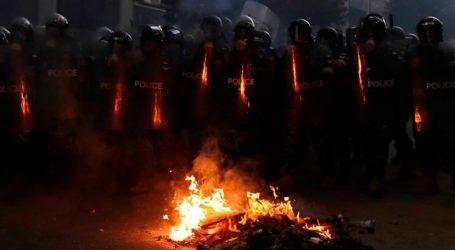Λίβανος: Ο πρωθυπουργός παραιτήθηκε – Οι διαδηλώσεις συνεχίζονται