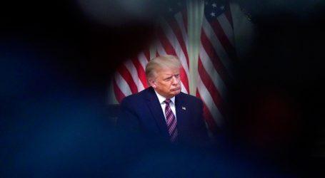 Ο πρόεδρος Τραμπ συζητά την πιθανότητα να απολύσει τον υπουργό Άμυνας Μαρκ Έσπερ
