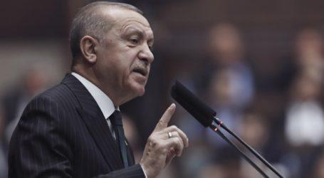 Ο Ερντογάν κατηγορεί τον Μακρόν για «αποικιοκρατικές» βλέψεις και «θέαμα» στον Λίβανο