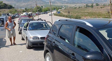 Κακαβιά: Oυρά 15 χιλιομέτρων στον συνοριακό σταθμό