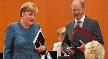 «Δικτάτορα» αποκαλεί τον πρόεδρο της Λευκορωσίας Λουκασένκο ο αντικαγκελάριος της Γερμανίας Όλαφ Σολτς