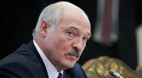 «Δεν είμαι Άγιος», δηλώνει ο Λουκασένκο και προτείνει δημοψήφισμα