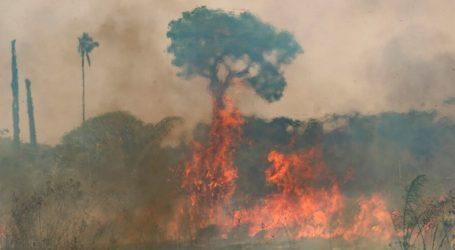 Πυρκαγιές στον Αμαζόνιο κατακαίνε χωράφια και απειλούν κατοικίες
