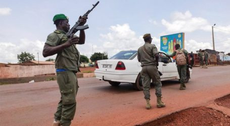 Στρατιώτες συνέλαβαν τον πρόεδρο και τον πρωθυπουργό