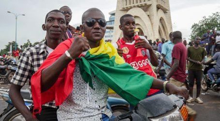 Ο πρόεδρος Ιμπραήμ Μπουμπακάρ Κεϊτά ανακοινώνει ότι «παραιτείται»