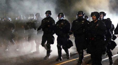 ΗΠΑ: Διαδηλωτές επιτέθηκαν σε κυβερνητικό κτήριο