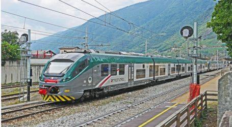 Τρένο έφυγε από τον σταθμό χωρίς οδηγό και εκτροχιάστηκε, τρεις άνθρωποι τραυματίστηκαν ελαφρά