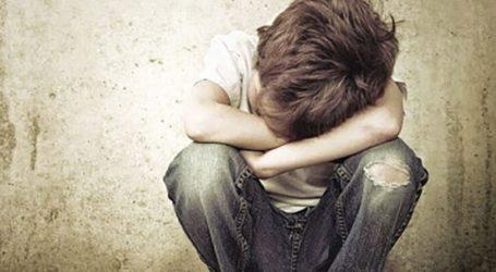 Καταγγέλθηκε για τον βιασμό του 13χρονου αδελφού του παρουσία φίλου του