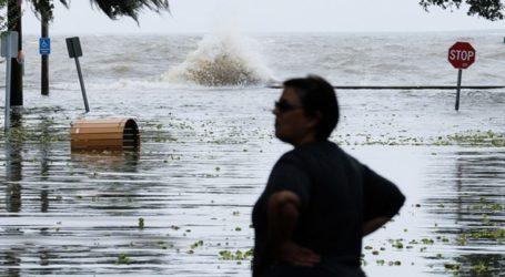 """Εκκενώνονται περιοχές στη Λουιζιάνα, εν αναμονή των """"δίδυμων τυφώνων"""""""