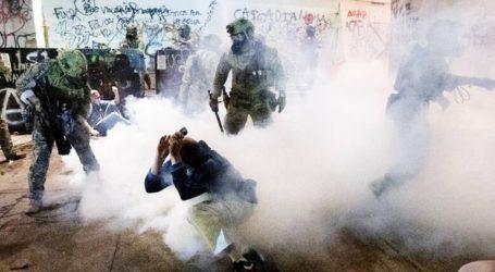 Συνεχίζονται τα επεισόδια μεταξύ αστυνομίας και διαδηλωτών στο Πόρτλαντ
