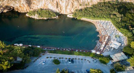 Έκλεισε η Λίμνη Βουλιαγμένης – Εντοπίστηκε κρούσμα κορωνοϊού