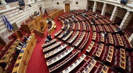 Μεικτές αντιδράσεις της αντιπολίτευσης για τις συμφωνίες με Ιταλία και Αίγυπτο