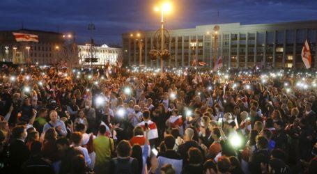 Η Μόσχα προειδοποιεί τις ΗΠΑ και την Ε.Ε. ενάντια σε κυρώσεις και παρεμβάσεις τους στη Λευκορωσία