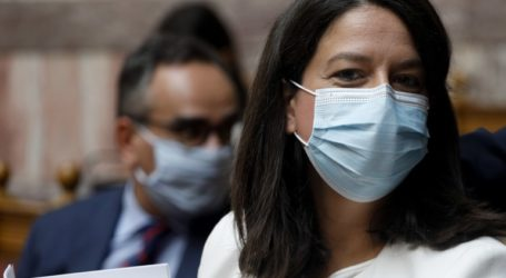 Εκτός μαθήματος οι μαθητές που δεν φορούν μάσκα