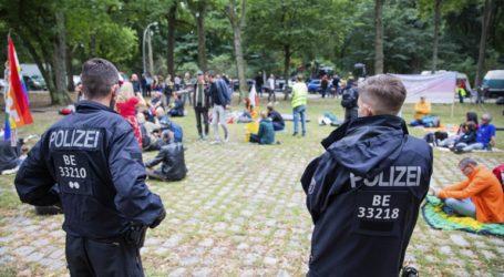 Στη Δικαιοσύνη προσέφυγε η αστυνομία για την απαγόρευση διαδηλώσεων κατά των μέτρων για τον κορωνοϊό
