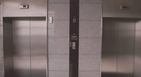 Μόνο με φωνητική εντολή λειτουργεί το ασανσέρ στο δημαρχείο