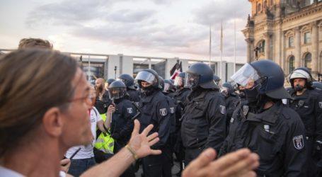 Μεγάλες διαδηλώσεις στη Γερμανία κατά της μάσκας