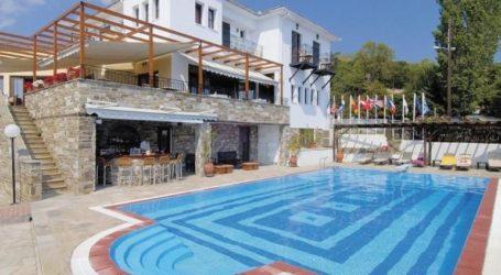 Μαγνησία: 85% πληρότητα στα ξενοδοχεία τον Αύγουστο – Μόνο το 30% χωρίς κοινωνικό τουρισμό
