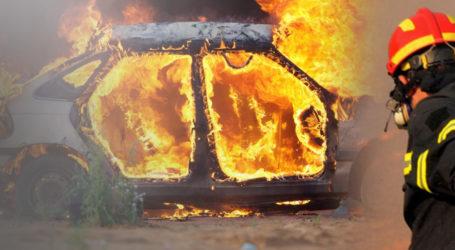 Βόλος: Καταστράφηκε ολοσχερώς αυτοκίνητο από φωτιά