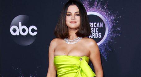 H Selena Gomez αποκάλυψε τον λόγο που απέχει από τα social media