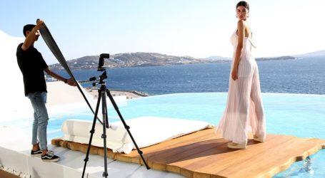 Στα παρασκήνια της εντυπωσιακής φωτογράφισης της Ιωάννας Μπέλλα στη Μύκονο!