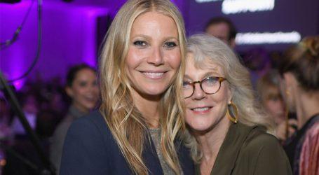 Gwyneth Paltrow: Μαμά, γιαγιά και κόρη πρωταγωνιστούν σε ένα βίντεο και μιλούν για τη νέα σειρά της Goop