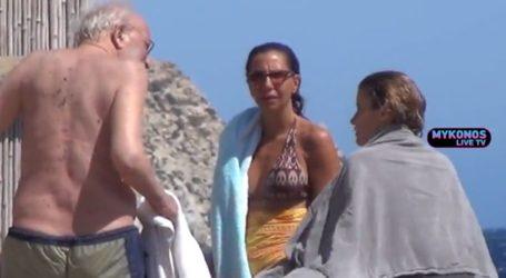Αλέξανδρος Λυκουρέζος: Ξέγνοιαστες στιγμές στο νησί των ανέμων με την κόρη του