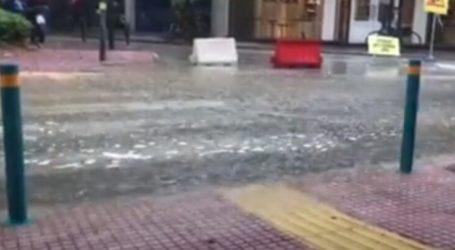 Κεντρικός δρόμος της Λάρισας μετατράπηκε σε «ποτάμι» λόγω της κακοκαιρίας (βίντεο)