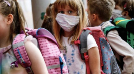 """Ψήφισμα για τη μάσκα στα σχολεία: """"Δεν πρέπει να προσέλθει κανένας μαθητής σε καμία αίθουσα"""""""