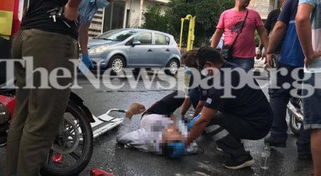 Βόλος: Σφοδρή σύγκρουση Ι.Χ. με μηχανάκι στη Μπότσαρη – Στο νοσοκομείο ο 19χρονος μοτοσικλετιστής [εικόνες]