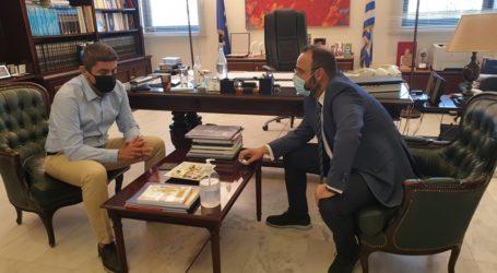 Συνάντηση Μαραβέγια με Αυγενάκη για την αναδιάρθρωση της Σούπερ Λιγκ 2