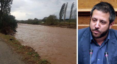Καταγγελία Μεϊκόπουλου: Δεν ήταν καθαρισμένοι οι χείμαρροι – Διαχρονικές οι ευθύνες για τις καταστροφές