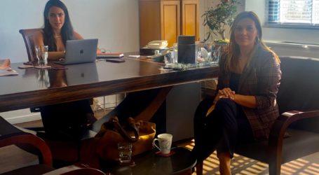 Διευκρινίσεις της υφ. Εργασίας Δόμνας Μιχαηλίδου στη Στέλλα Μπίζιου για ΚΔΑΠ – Βρεφονηπιακούς σταθμούς