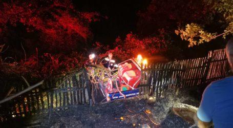 Φωτιά σε αυλή σπιτιού στη Δράκεια – Δείτε εικόνες