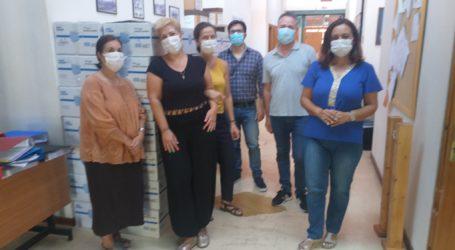 Βόλος: Χιλιάδες μάσκες στα σχολεία – Αγώνας δρόμου για τη διανομή [εικόνες]
