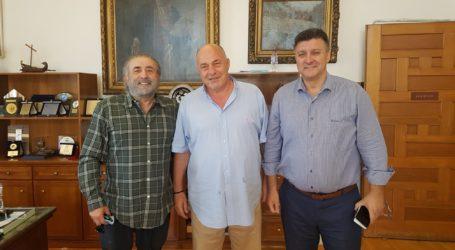 Στον Αχιλλέα Μπέο ο Λάκης Λαζόπουλος – Τι συζήτησαν οι δύο άνδρες