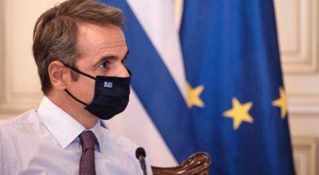 «Οι μάσκες δουλεύουν όταν τις φοράμε όλοι»