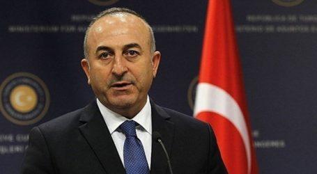 O Μακρόν επιδεικνύει «υστερική» συμπεριφορά στη Συρία, τη Λιβύη και την Αν. Μεσόγειο