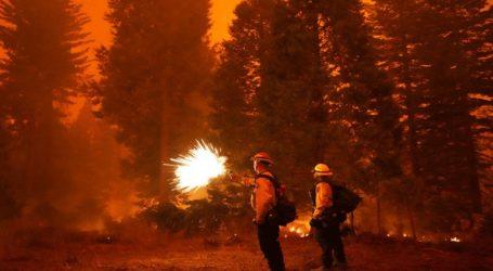 Σε κατάσταση έκτακτης ανάγκης 5κομητείες λόγω των δασικών πυρκαγιών στην Καλιφόρνια