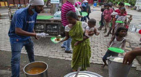 Σχεδόν 300 Ροχίνγκια πρόσφυγες έφτασαν στην επαρχία Άτσεχ