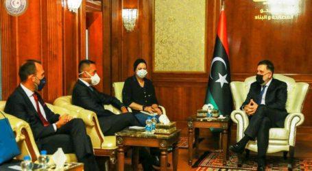 Αντίπαλες λιβυκές αντιπροσωπείες συναντώνται για συνομιλίες στο Μαρόκο