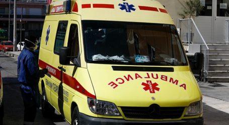 Μοτοσικλετιστής συγκρούστηκε με πυροσβεστικό όχημα